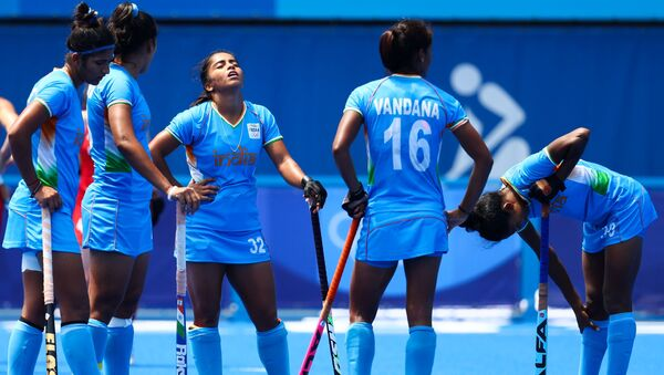 Members of the Indian team wait for the referee's decision on a video referral. - Sputnik International