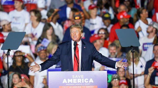 Former U.S. President Donald Trump speaks during a rally in Cullman, Alabama, U.S., August 21, 2021.  - Sputnik International