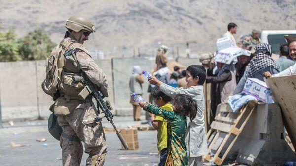 U.S. forces assist in Afghanistan evacuation - Sputnik International