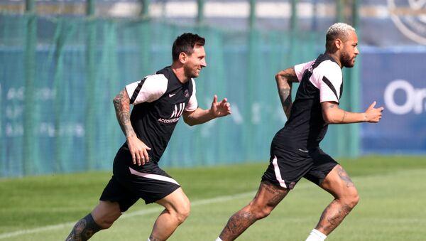 Lionel Messi and Neymar during training - Sputnik International