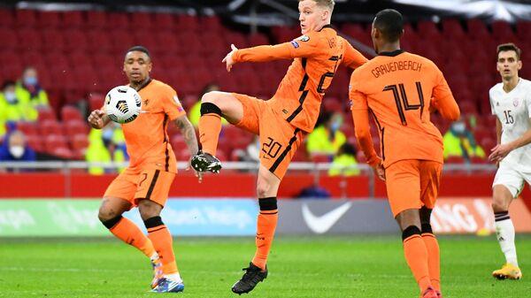Soccer Football - World Cup Qualifiers Europe - Group G - Netherlands v Latvia - Amsterdam Arena, Amsterdam, Netherlands - March 27, 2021 Netherlands' Donny van de Beek in action - Sputnik International