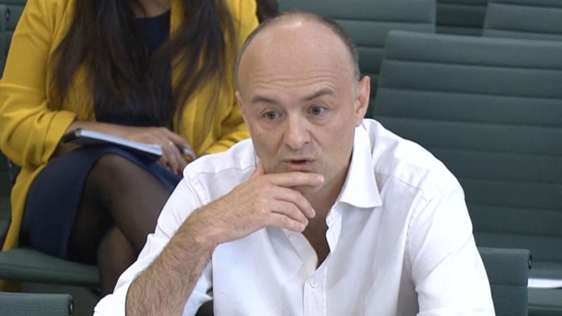 A video grab from footage broadcast by the UK Parliament's Parliamentary Recording Unit (PRU) shows former number 10 special advisor Dominic Cummings speaking at a committee hearing in Portcullis house in London on May 26, 2021 - Sputnik International, 1920, 11.09.2021