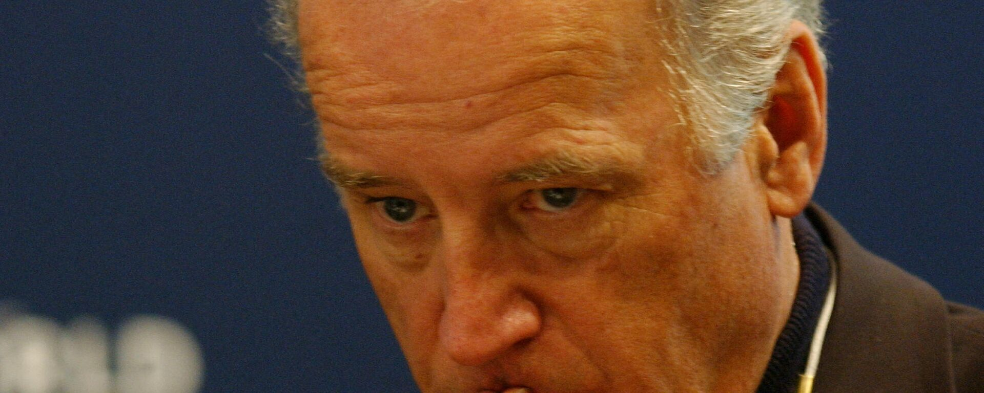 US Delaware Senator (D) Joseph R.Biden is seen  at the Breaking the Vicious Circle of the Arab-Israeli Conflict conference, 25 January 2004 at the World Economic Forum (WEF) in Davos - Sputnik International, 1920, 16.09.2021