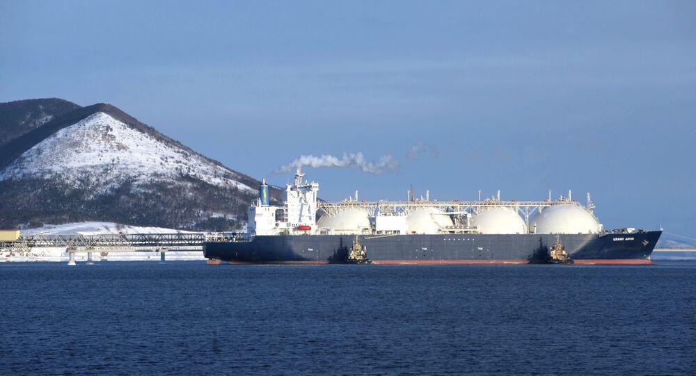 The Grand Aniva gas tanker built by Mitsubishi Heavy Industries Ltd. in Nagasaki