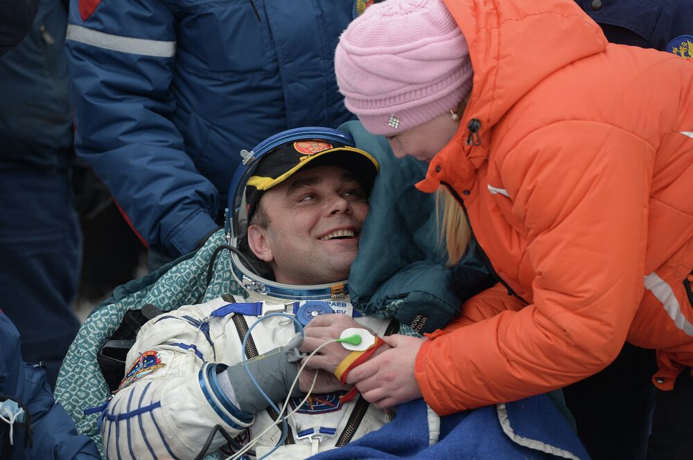Expedition 40/41 crew returns to Earth