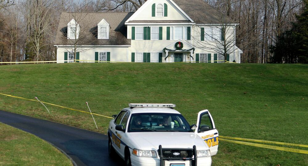 The Newtown legislative council voted Wednesday to tear down the house where Adam Lanza lived with his mother before he shot her and carried out the December 2012 massacre at Sandy Hook Elementary School.