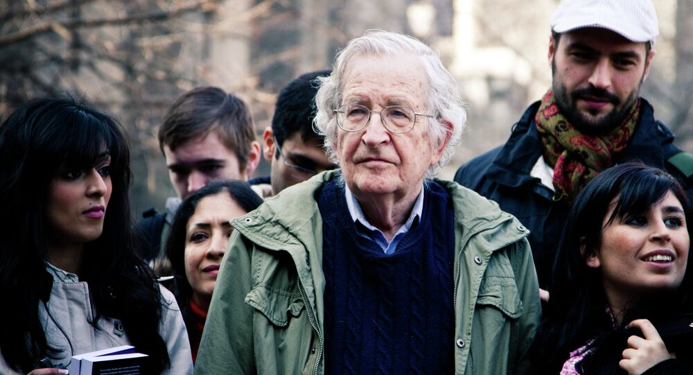 To protect the Kurds and Yazidis from genocide carried by Daesh (Islamic State) terrorists in Syria, one needs to support Kurdish forces fighting against the jihadist groups, renowned US Professor Noam Chomsky told Al Jazeera's political commentator Mehdi Hasan during an episode of UpFront.