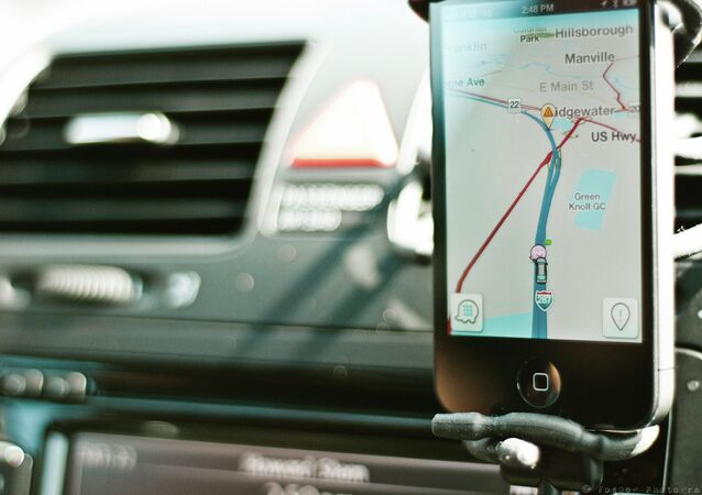 Acquired by Google for $966 million in 2013 and used by around 50 million users worldwide, Waze uses GPS and social networking to warn drivers about nearby accidents, traffic and police traps by showing a little cop icon on the map.
