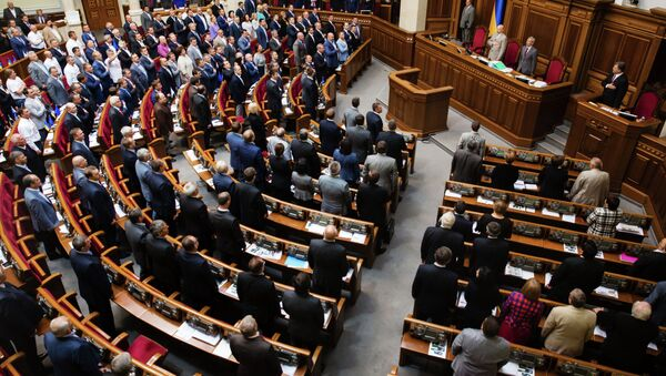 Ukrainian politicians have been known for their impulsiveness and willingness to get their point across by throwing a perfectly-timed right cross at their opponent's face. - Sputnik International