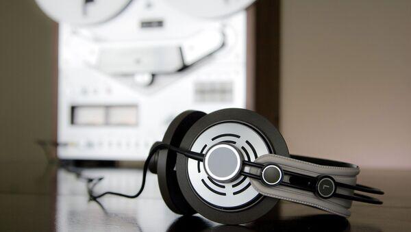 Headphones - Sputnik International