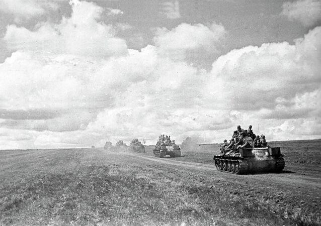 Battle of Kursk, Voronezh Front. July 1943. Tanks advancing toward front line.