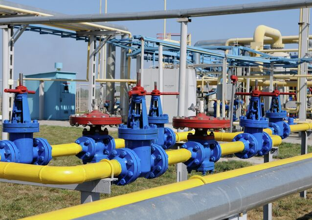 Ukraine will consider cutting off or putting some restrictions on gas supplies to eastern Ukraine, as Kiev does not receive gas payments from these regions