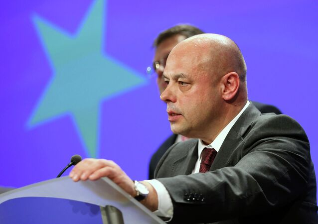 Ukraine's Energy Minister Yuri Prodan addresses a news conference after gas talks between the European Union, Russia and Ukraine at the European Commission headquarters in Brussels October 30, 2014