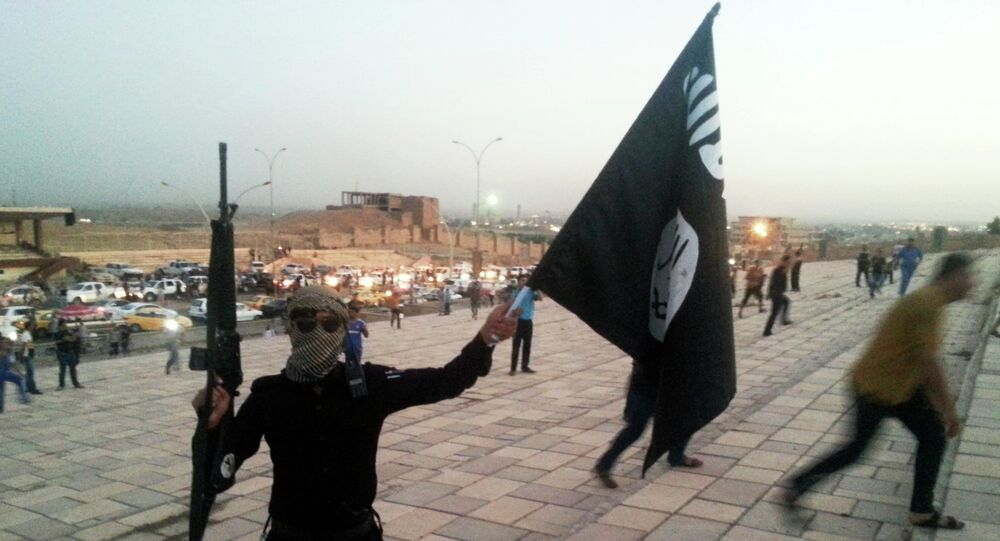 The Islamic State is a radical Sunni group, currently controlling large swathes of land in Iraq and Syria.