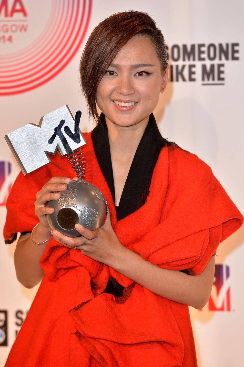 Chinese pop star Bibi Zhou at the ceremony of MTV Europe Music Awards - 2014