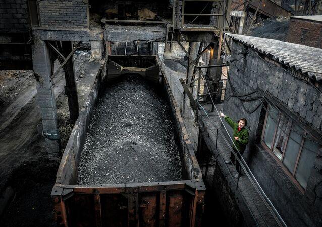 Loading coal at the Chelyuskintsev mine in Donetsk