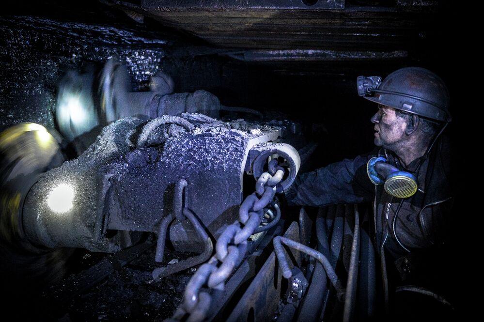 Mining coal at the Glubokaya mine in Shakhtyorsk