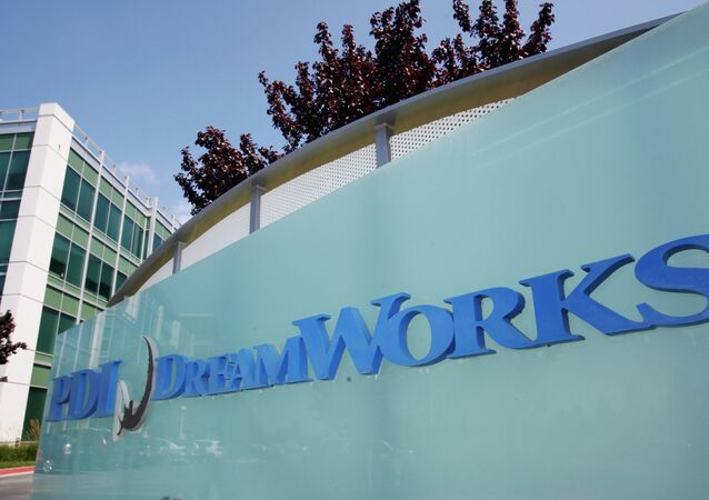 Animation film company Dreamworks has began laying off staff as part of a restructuing plan