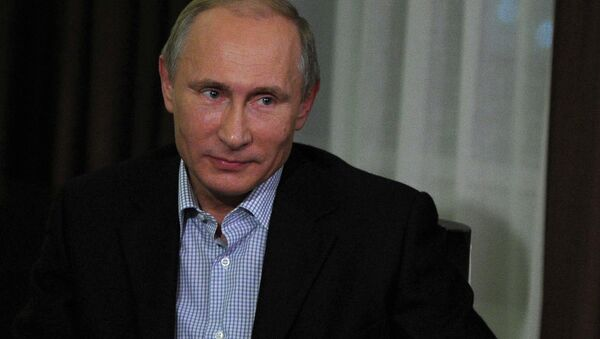 Vladimir Putin gives interview to German channel ARD. - Sputnik International