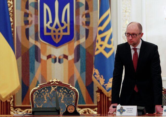 Ukraine's Prime Minister Arseny Yatsenyuk arrives for the Security Council meeting in Kiev November 4, 2014
