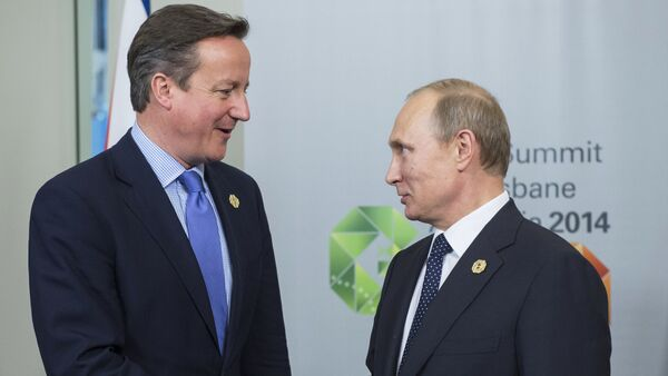 Russian President Vladimir Putin, right, and Prime Minister of the United Kingdom of Great Britain and Northern Ireland David Cameron - Sputnik International