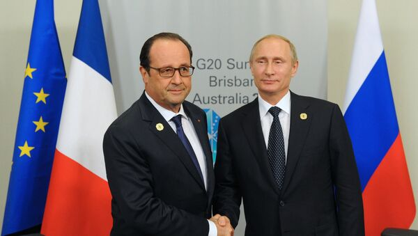 The Ukrainian crisis and the anti-Russian sanctions have a negative impact on all parties involved, Russian President Vladimir Putin and his French counterpart Francois Hollande said on the sidelines of the G20 summit in Brisbane, Australia, Saturday as cited by Russian president's spokesperson Dmitry Peskov. - Sputnik International