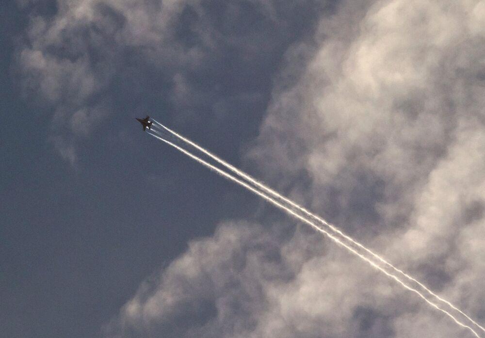 US fighter above Kobani