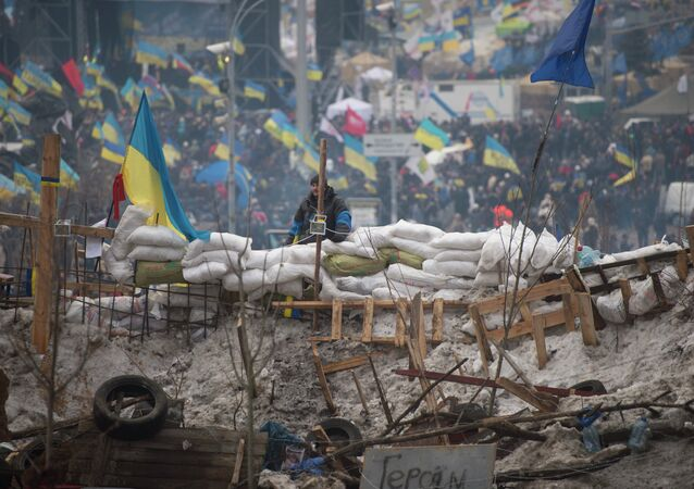 European integration activists built up barricades and put wardens at the Independence Square in Kiev, Ukraine