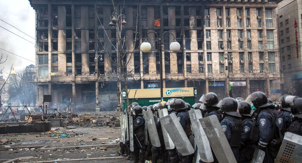 Police in Maidan square in Kiev, Ukraine, Feb 19, 2014