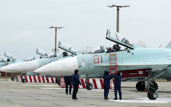 These Sukhoi Su-27 SM Flanker fighters will serve with the 62nd Fighter Regiment of the 27th Combined Air Division of the Russian Air Force at Belbek airfield near Sevastopol. - Sputnik International