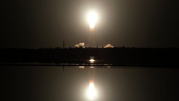 Indian Space Research Organization's Polar Satellite Launch Vehicle (PSLV-C26) lifts off from the Satish Dhawan Space Center in Sriharikota, Andhra Pradesh, India - Sputnik International