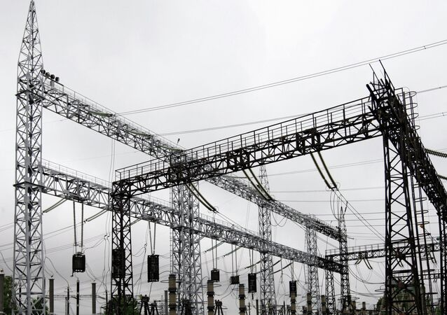 Russia to cut off electricity in Belarus at midnight over debt