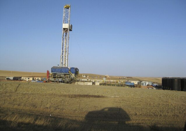 The UK Environment Agency (EA) has given permission for the British energy company Cuadrilla to produce shale gas at a site in Northern England having examined the firm's application and assessed the risks