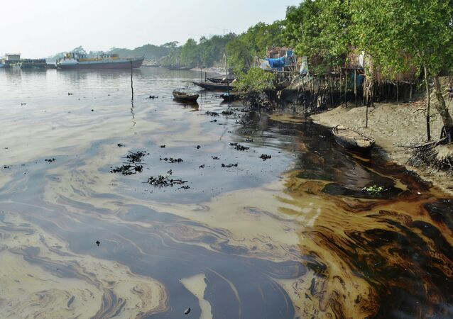 Bangladesh Oil Spill
