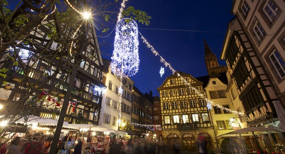 Atmosphere during the Christmas market in Strasbourg, France