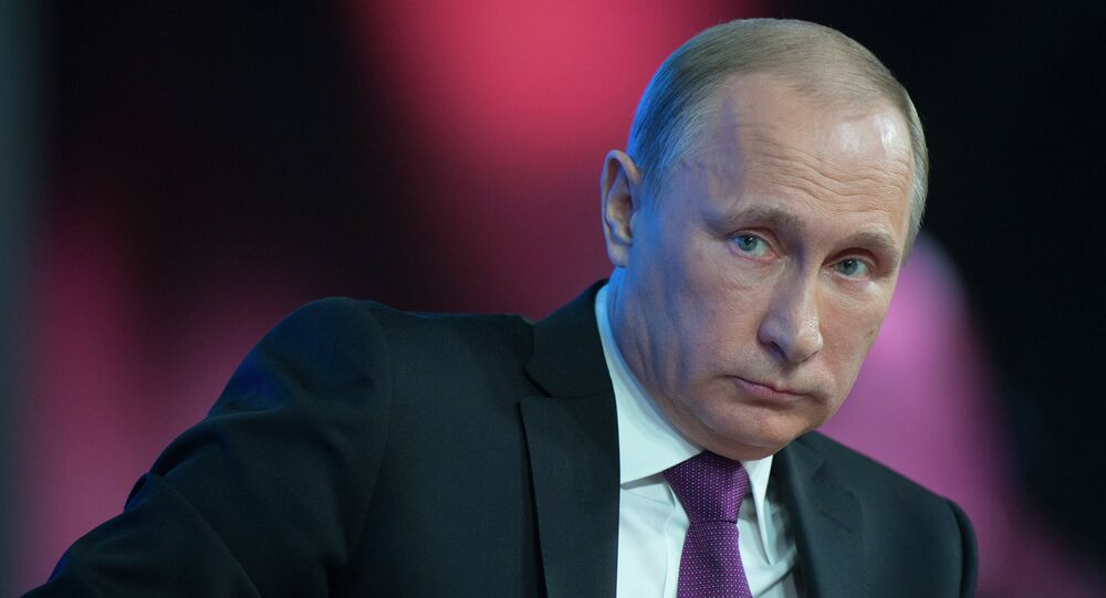 Attempts of the West to contain or politically isolate Russia will not work, Russian President Vladimir Putin said Thursday.
