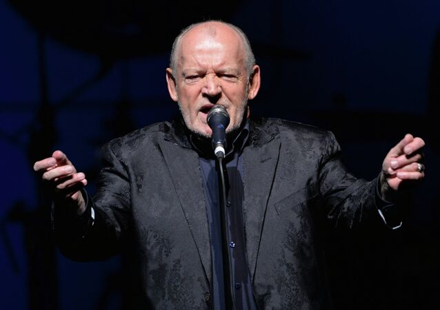 Joe Cocker goves concert in Moscow