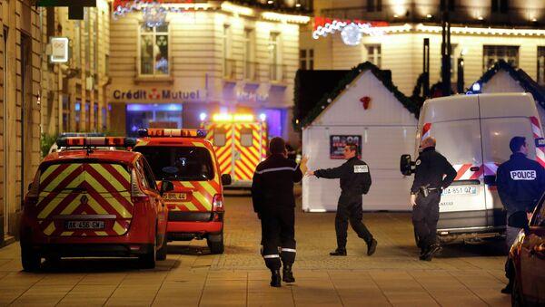 Police and rescue crews in France - Sputnik International