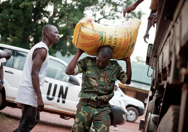 The Security Institution Unit (SIU) of the UN MINUSCA is coordinating weekly food distribution to over 2,000 ex-Seleka combatants at three camp sites in Bangui.