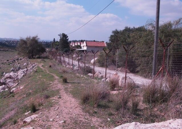 Green line between the West Bank and Israel