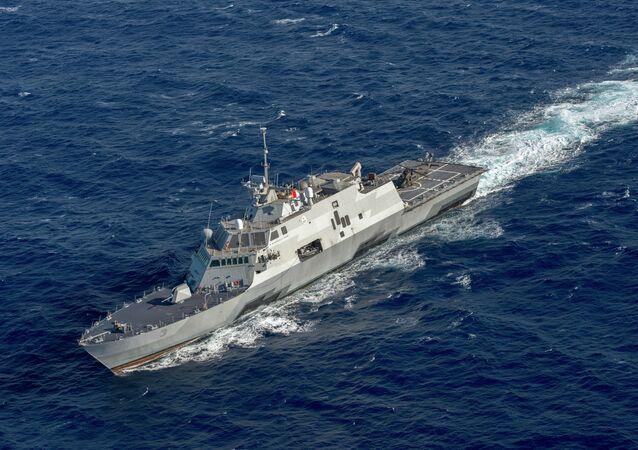 U.S. Navy littoral combat ship USS Fort Worth