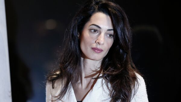 Lawyer Amal Clooney arrives for a press conference at Acropolis Museum in Athens, Wednesday, Oct. 15, 2014. - Sputnik International