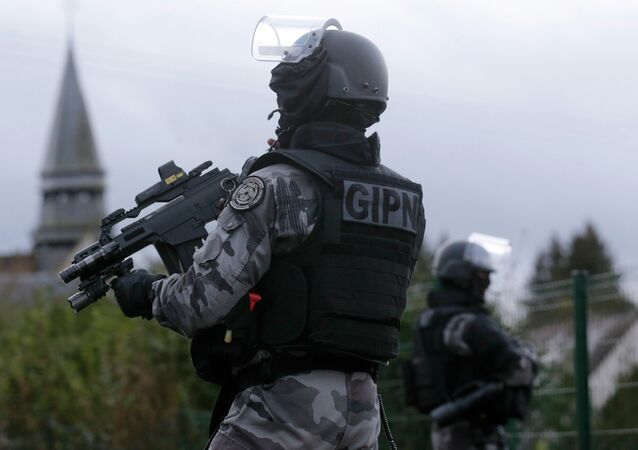 Members of the French GIPN intervention police forces
