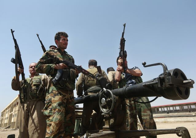 Kurdish peshmerga fighters