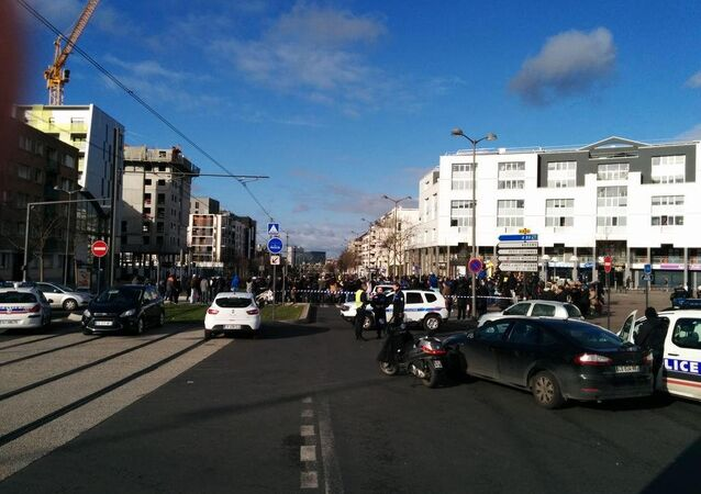 Hostage situation in Colombes