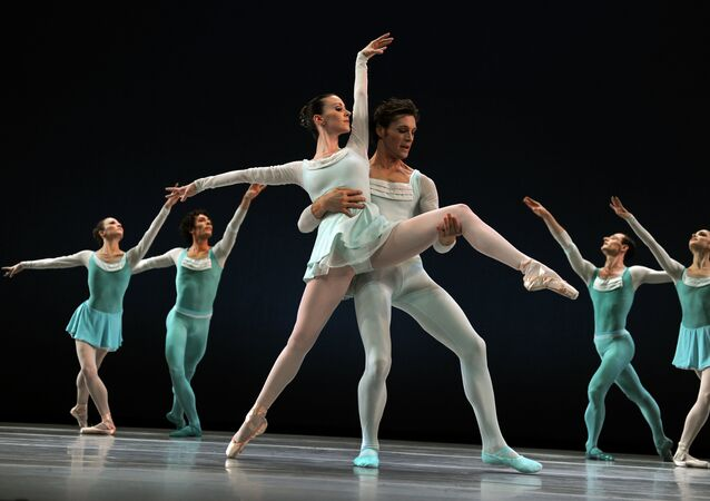 Dancers Elisabeth Holowchuk and Kirk Henning with the Suzanne Farrell Ballet (SFB) perform a scene from Haieff Divertimento