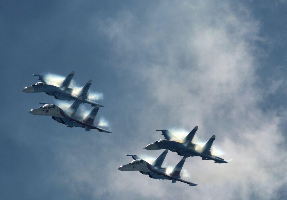 World's Best Aerobatic Teams