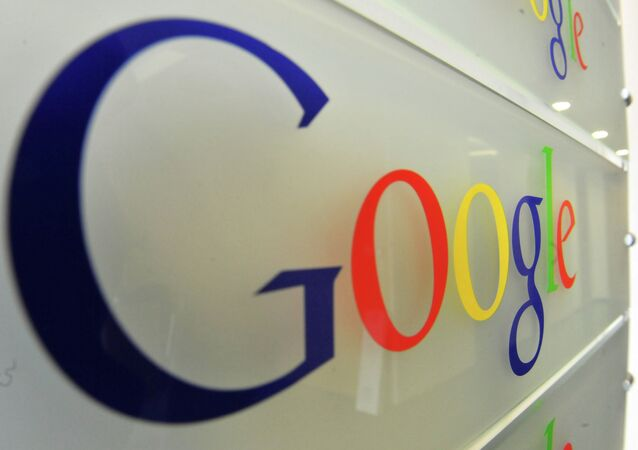 Google will deny Crimeans the use of its Apps by the end of the month.