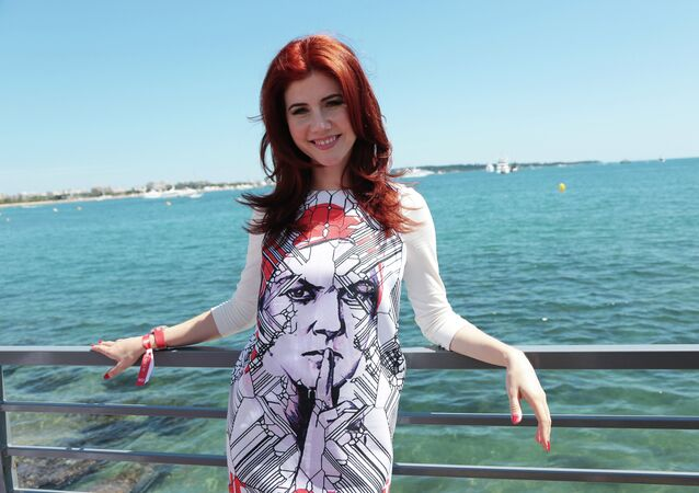 TV host and Venture Business Editor-in-Chief Anna Chapman