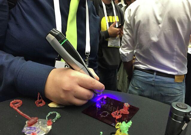 Russian made CreoPop 3D pen